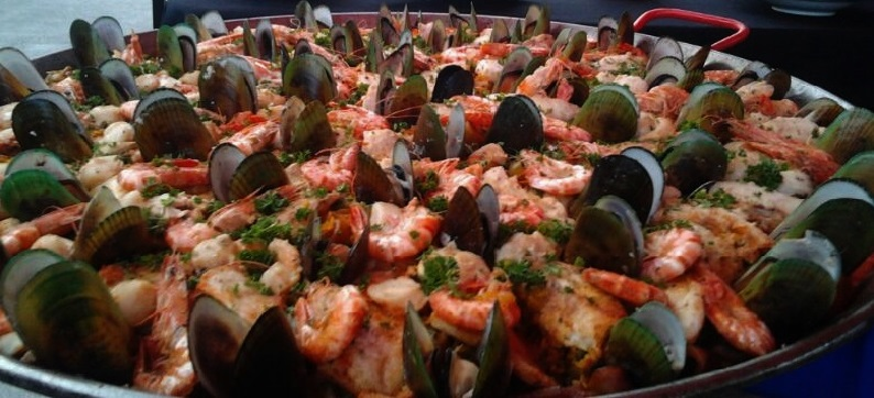 Seafood paella ( photo 1)