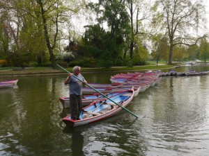046 Bois de Vincennes - maybe use this one instead of the other boat one