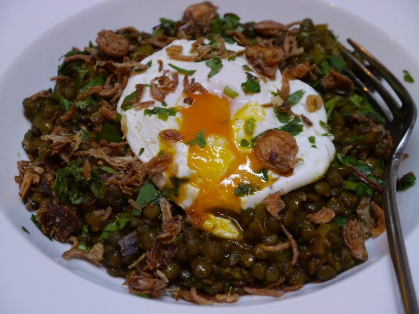 Curried lentils with poached egg